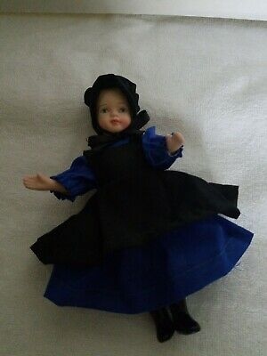 "THE BROADWAY COLLECTION PORCELAIN DOLLS AMISH BOY /& GIRL 6/"" BLUE /& BLACK CLOTHES"