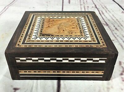 Beautiful Vintage Wooden Box W/ Inlaid And Hand Carved Top Jewellery Trinket Box