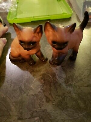 Vintage Enesco Siamese Cat Salt & Pepper Shakers