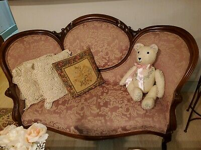 Cameo Back Pink Sofa antique Victorian settee