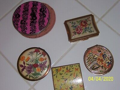 VINTAGE RETRO 3 POWDER COMPACT 2 are made in England - 2 FLOWER & 1 BIRD DESIGN