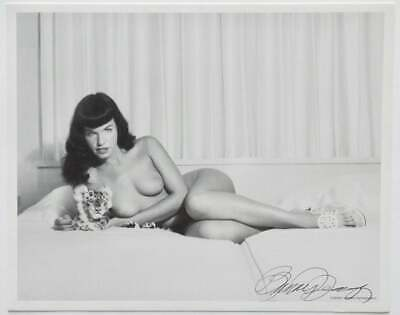 Nude Bettie Page Cheetah Cub Pin-Up Lithograph NOS Hand Signed by Bunny Yeager