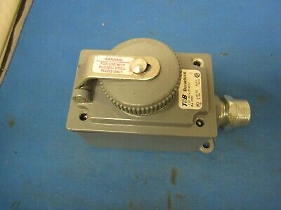 T&B Russellstoll 374342 Receptacle Cover