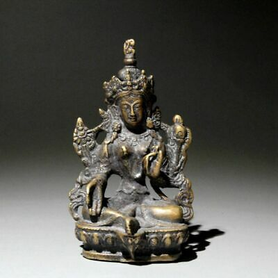 Collectable Chinese Old Brass Hand-Carved Sit Kwan-yin Auspicious Noble Statue