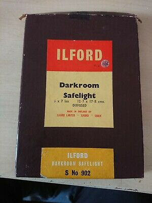 "Vintage Ilford Darkroom Safelight Plate S No. 902 - 7"" x 5"" Diffused"