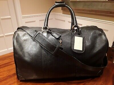 Gucci Mens  Leather Carry-On Duffel Bag, Black  Vintage 1995 -1996