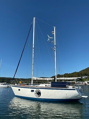 35ft Roberts Sail Boat,Volvo Diesel-Live A Board