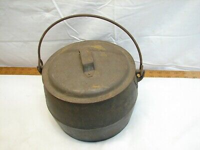 Vintage Marietta Co PA No. 4 Qts Cast Iron Gypsy Kettle Bean Pot w/Tin Lid C