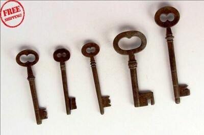 5 Pc Old Solid Iron Handcrafted Unique Shape Big Size Keys , Rich Patina - 9440
