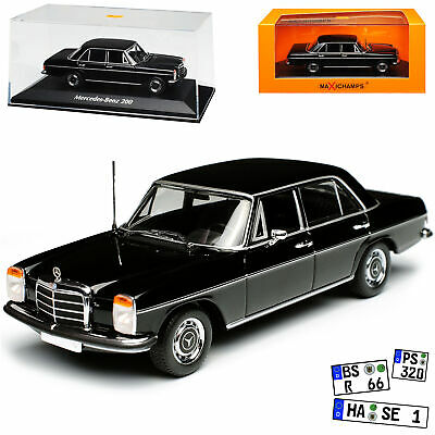Mercedes-Benz 220 //8 Strich-Acht Limousine Schwarz W114 1967-1976 1//18 Model Car
