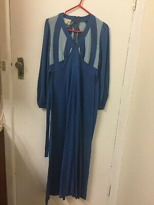 Vintage Crackers Full length Blue Dress made of T-shirt material size 16 1970's