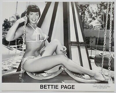Bettie Page in Bikini Funland Pin-Up Lithograph NOS Hand Signed by Bunny Yeager