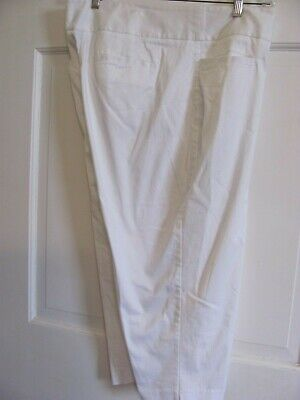 Womens Fashion Bug White Capri Pants Size 18W Zipper & Hook Closure