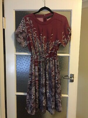 Pretty Vintage Floral Tea Dress Size 10-12 Medium