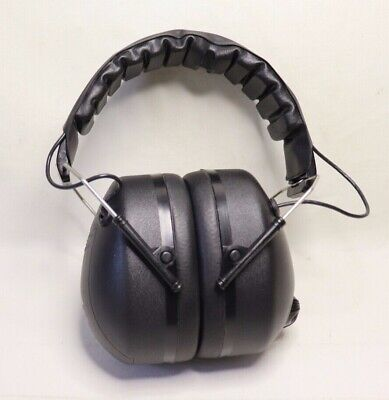 Pyramex PM4010 Ear Muffs ANSI S3.19