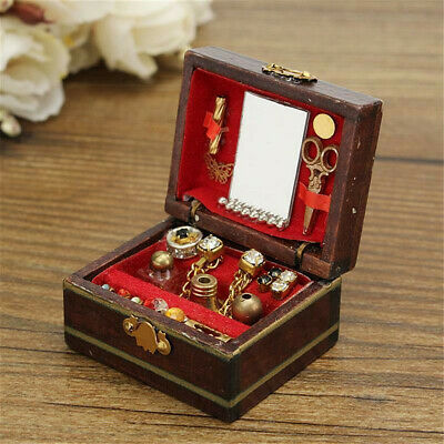 1/12 Dollhouse Miniatures Jewelry Box /Doll Room Decor House Accessory Red Cute