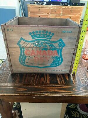 Vintage CANADA DRY GINGER ALE Wooden Bottle CRATE/BOX/CASE/  D11 / MA-11 -65