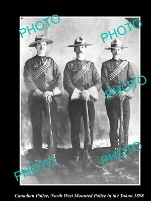 OLD 8x6 HISTORIC PHOTO OF CANADIAN NORTH WEST MOUNTED POLICE IN THE YUKON c1898