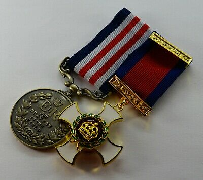 Pair of Elizabeth II Military Medals Distinguished Service DSO Bravery ER-II