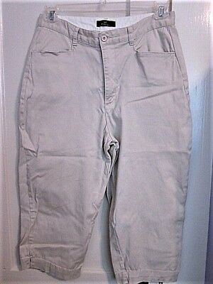 Lee Khakis Beige Zip/Button Front Cotton/Spandex Women / Girl's Capri's SZ. 12M