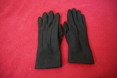 Classic Black Isotoner Ladies Fitted Fleece-Lined Gloves Size S/M