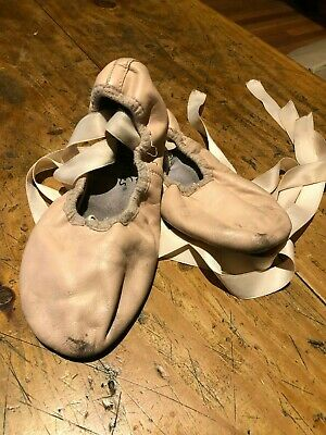 Ballet Shoes with Ribbons - Energetiks - Size 3 - Used - Pickup Ormond