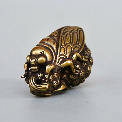 Collectable Chinese Old Brass Handwork Carve Cicadas Interesting Unique Pendant