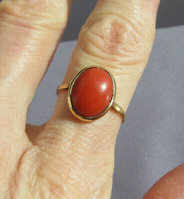 ANTIQUE VINTAGE 750 18K YELLOW GOLD OVAL SALMON CORAL SOLITAIRE RING SIZE 6 2.3g