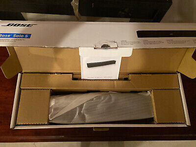 BOSE  Bluetooth Speaker Solo 5 Soundbar - Black With Remote And All Wires Open