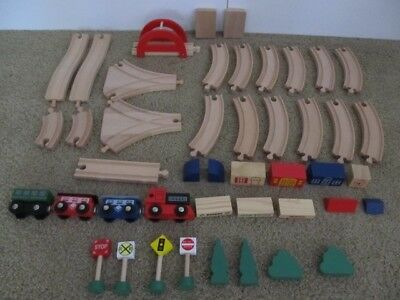 Pottery Barn Kids Wood Track 45 Pc  Wooden Train Set Excellent Condition