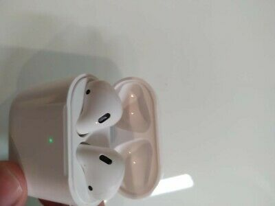 Referbished Apple AirPods 2nd Generation with Wireless Charging Case