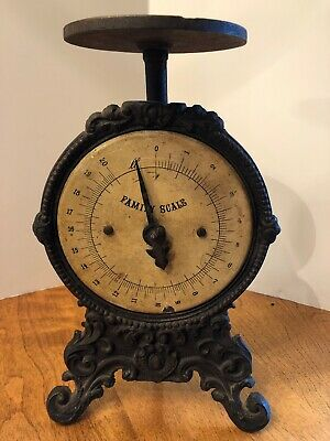Awesome Old Vintage Antique 19th Century Footed Cast Iron 20 Pound Family Scale