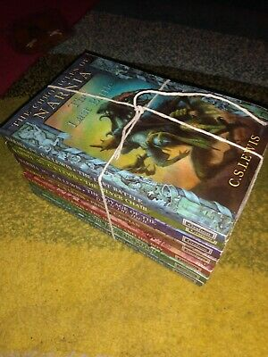 CS Lewis The Chronicles of Narnia complete  7 paperback book box set
