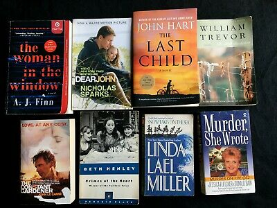 Lot of 8 Mixed Romance/Mystery/Thriller paperback novels see desc authors/titles