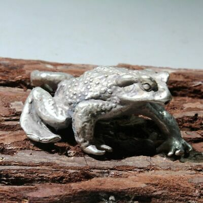 Collectable China Old Miao Silver Handwork Carve Frog Moral Bring Wealth Statue