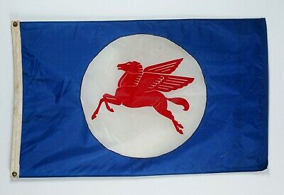 Genuine Vintage 1970s Mobil Oil Flying Horse Pegasus Gas Station Banner Flag