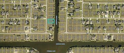 On the water - nice canal - build or invest in rising Cape Coral FLORIDA market