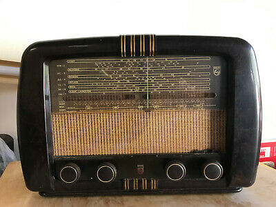 Vintage 1950s Philips Model 124 Radio - pick up Castle Hill NSW
