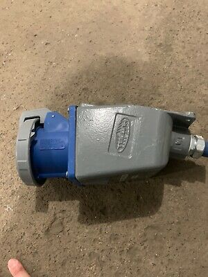 CLEAN! Hubbell HBL 460R9W pin & sleeve receptacle 3p 60a 250v metal housing