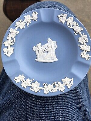 Weeping Angel - Wedgwood Jasperware Blue Round Trinket Ashtray Dish