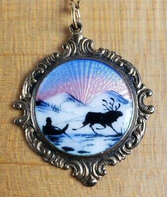 925S Sterling Silver Guilloche Enamel Pendant Raindeer Sleigh S in Shield Norway