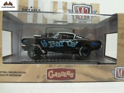 M2 Machines 1966 Ford Mustang Gasser Pony Up o/'reillys Edition 1:64