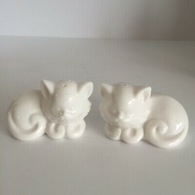 Salt and Pepper Shakers Persian White Cat Kitty Kitten Ceramic Vintage 3""
