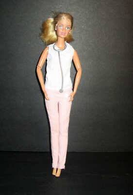 """Mattel 1998 Barbie doctor doll arms jointed 11"""""""