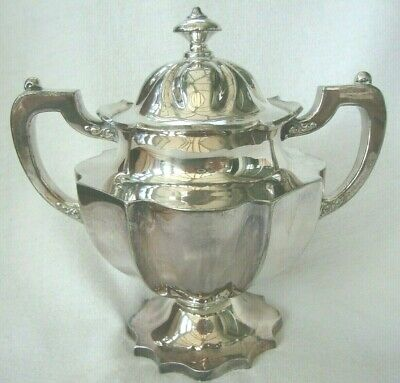 Antique American Silver Plated Pedestal Bowl And Lid Quality Meriden Company