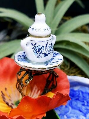 """Alice in Wonderland Blue"" Ceramic Sugar Bowl Ring ADJUSTABLE made by NKDECOR"