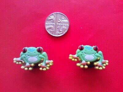 2 Green Frogs jibbitz crocs shoe charms loom wrist hair bands cake toppers