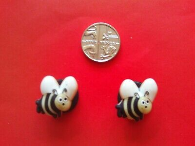 2 Flying Bees jibbitz crocs shoe charms loom wrist hair bands cake toppers