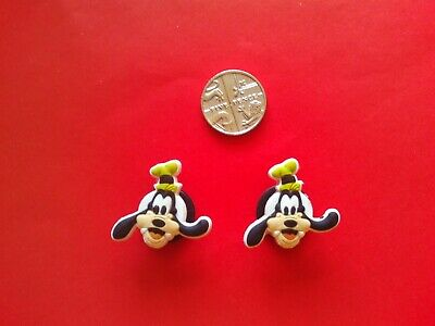 2 Crush Turtle from Nemo jibbitz crocs shoe charms loom wrist bands cake toppers