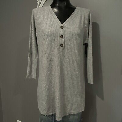 Small - NATURAL REFLECTIONS Womans Soft Gray Waffle Weave Tunic Top
